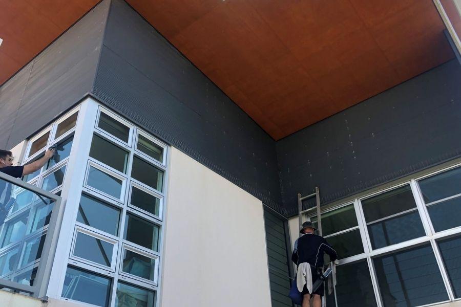 window cleaning team Brisbane